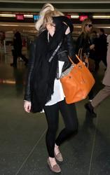 Lindsay Lohan HQs - Celebsgossip