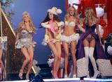 th_01066_Victoria_Secret_Celebrity_City_2007_FS526_123_1166lo.JPG
