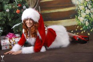 http://img102.imagevenue.com/loc183/th_531567454_silver_angels_Sandrinya_I_Christmas_1_092_123_183lo.jpg