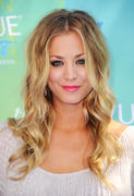 Kaley Cuoco @ 2011 Teen Choice Awards 8/7/11