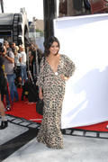 http://img102.imagevenue.com/loc244/th_027694338_Vanessa_Hudgens_Premiere_Iris_A_Journey_Into_The_World_Of_Cinema6_122_244lo.jpg