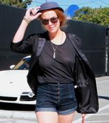 Lindsay Lohan sans soutien-gorge sexy ou pas - hot.curul.fr