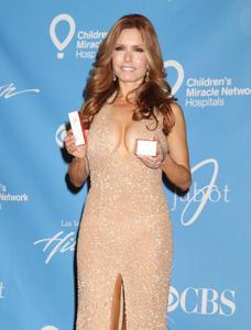 Трэйси Э Брегман, фото 3. Tracey Bregman 38th Annual Daytime Entertainment Emmy Awards held at the Las Vegas Hilton on June 19, 2011 in Las Vegas, Nevada., photo 3