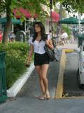 Nathalie Kelley leggy - shopping in Miami (x6)